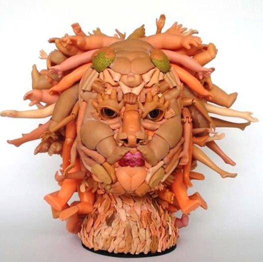 esculturas-com-peças-de-bonecas-quebradas-por-freya-jobbins-3