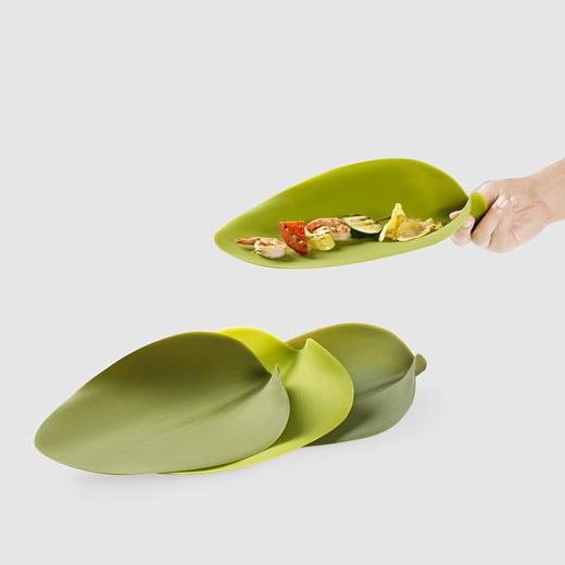 nao-tamura-silicone-leaf-plates-2